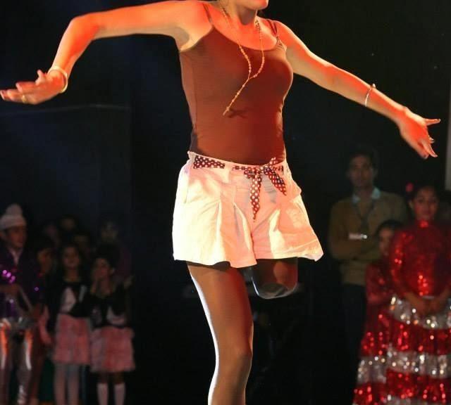 Shubh Kaur Ghumman One Legged Dancer_Gallery_lankagossip_info